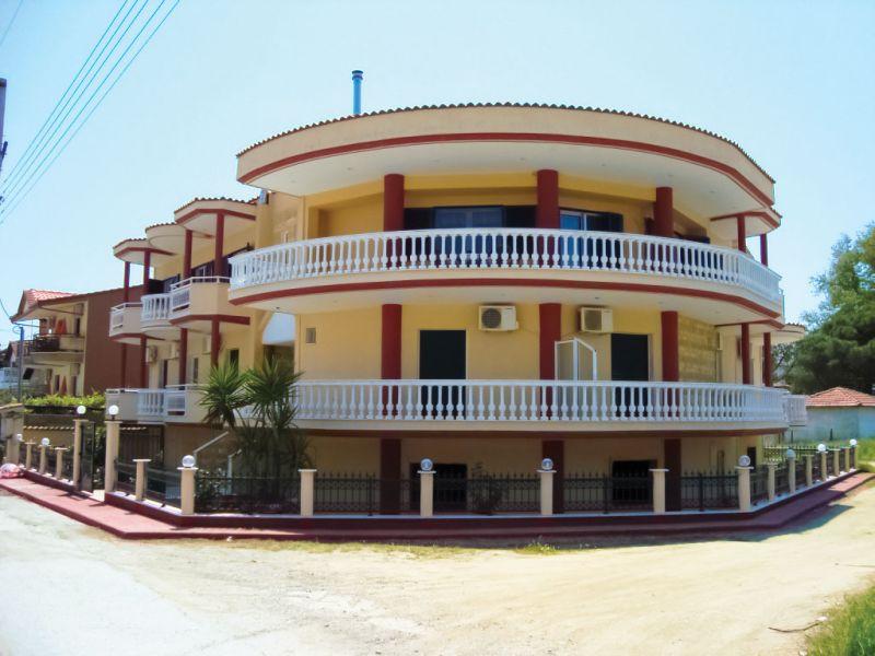 Vila Four Seasons Sarti